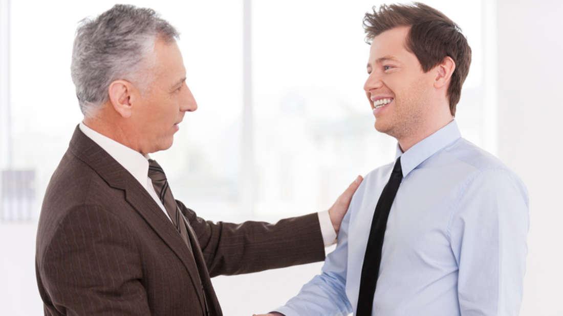 Alter: Je älter Sie werden, desto mehr verdienen Sie - zumindest, wenn Sie Führungskraft sind. Ansonsten pendelt sich das Gehalt mit etwa 40 Jahren ein. (Quelle: gehalt.de)