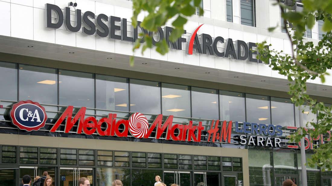 Täglich werden die Düsseldorf Arcaden von vielen Menschen besucht