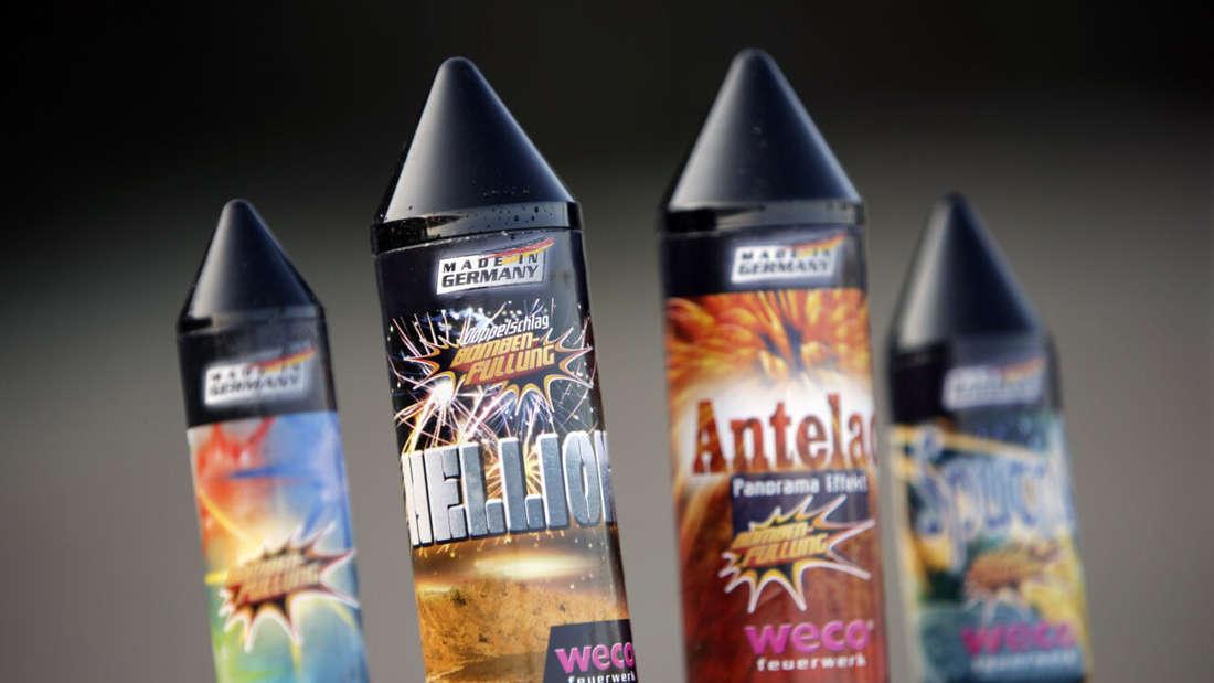 Raketen von Weco Feuerwerk, aufgenommen am Dienstag (15.12.2009) in der Firmenzentrale in Eitorf.