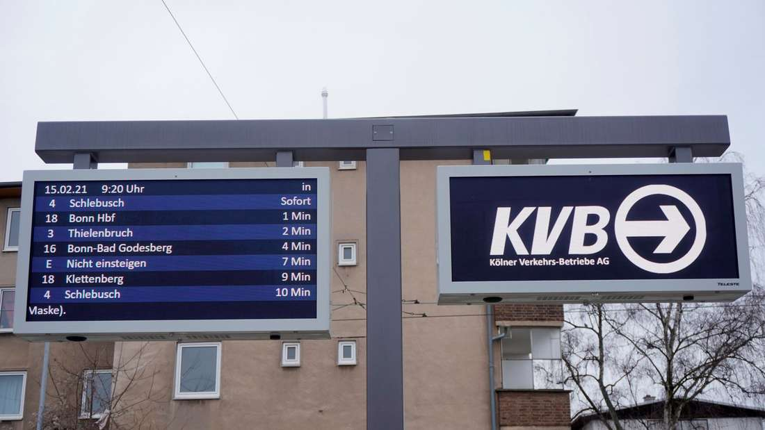 Anzeigetafel der KVB Köln