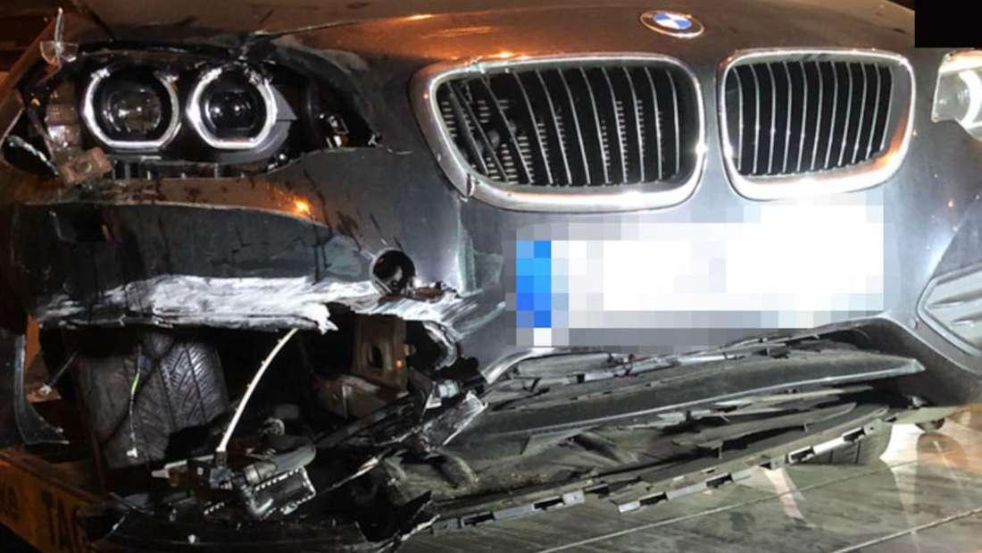 Der geschrottete BMW des Autoposers.