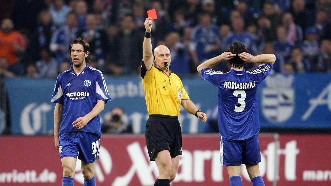 Levan Kobiashvili wird die Rote Karte gezeigt