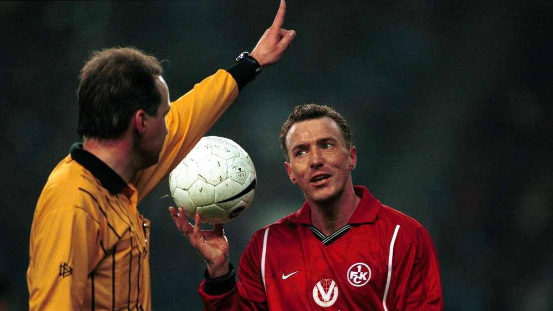 Martin Wagner (1. FCK) und Schiedsrichter Lutz Wagner