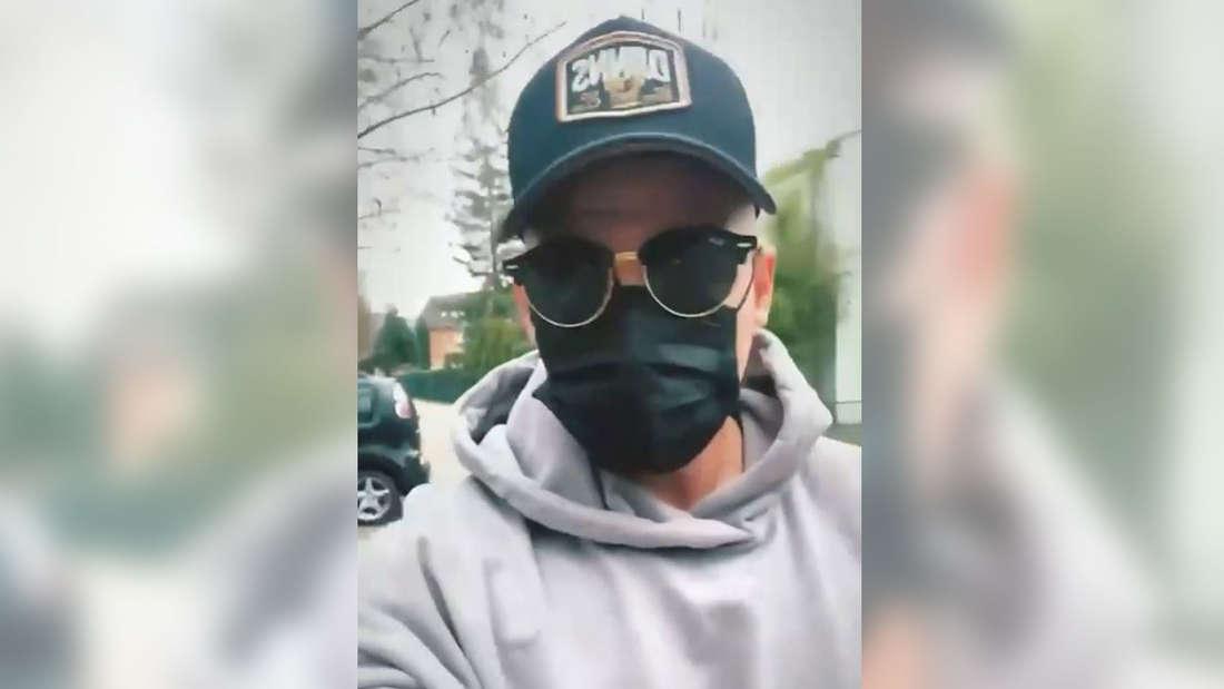 Pietro Lombardi mit Mütze, Brille und Maske