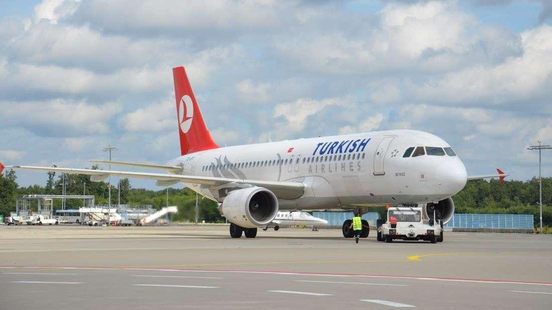 Turkish Airlines Flugzeug am Köln Bonn Airport
