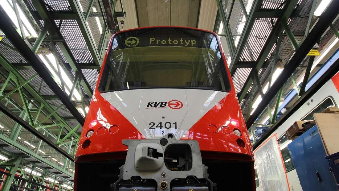 Der Kopf des ersten KVB-Fahrzeugs der aktuellen Reihe.