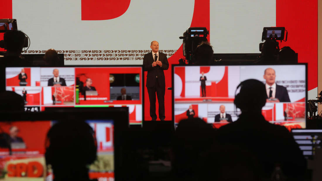 Olaf Scholz, Kanzlerkandidat der SPD, spricht auf dem digitalen Parteitag