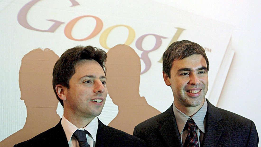Larry Page und Sergey Brin werden in Frankfurt bei einer Veranstaltung fotografiert
