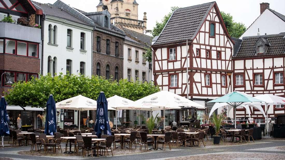 """Straßencafé auf dem """"Alter Mark"""" in Euskirchen"""