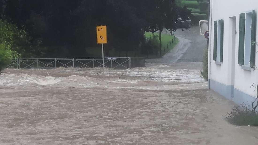 Hochwasser im Stadtgebiet Haan im Kreis Mettmann.