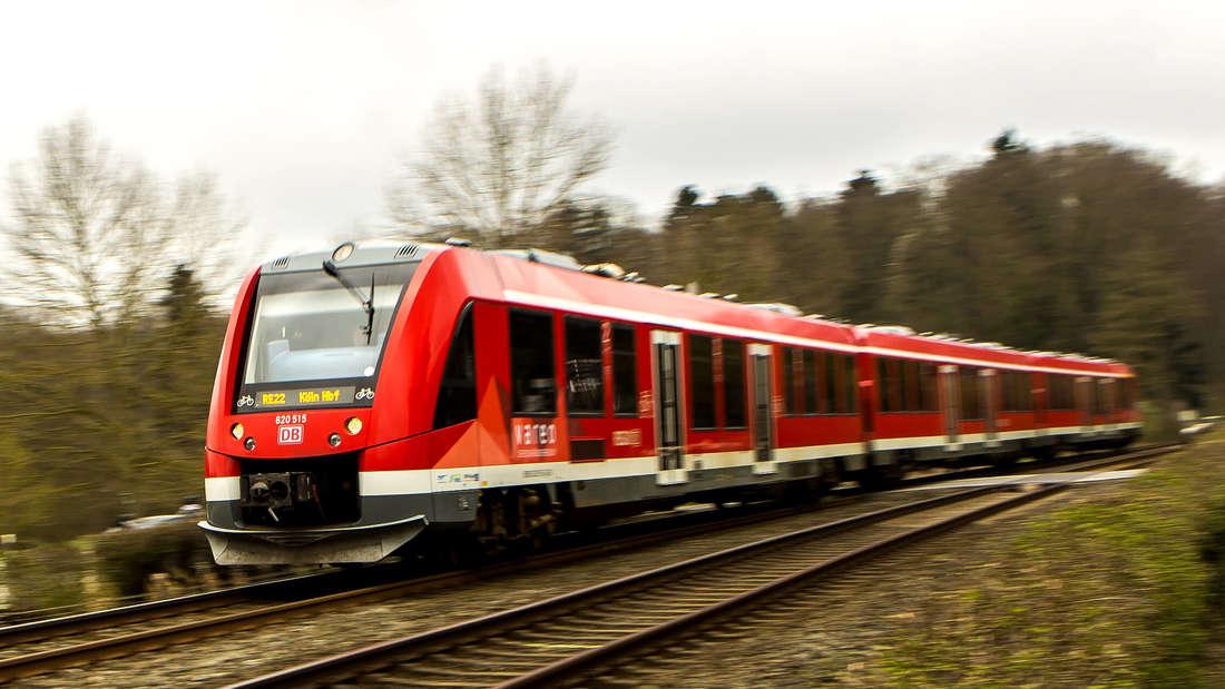 Bahn der Eifelbahn in der Nähe von Satzvey