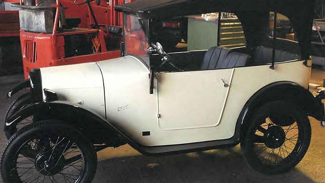 Weißer Oldtimer BMW Dixi 3/15 DA1 Baujahr1928