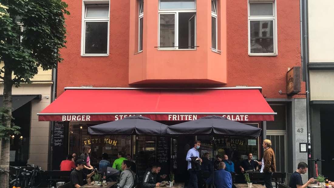"""Der Burger-Laden """"Die Fette Kuh"""" in Köln."""